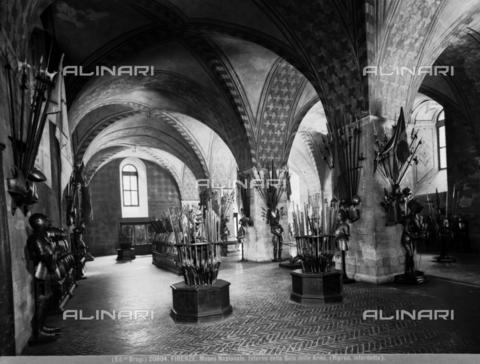 BGA-F-020804-0000 - Sala delle armi (oggi Sala dell'Armeria), Museo Nazionale del Bargello, Firenze - Data dello scatto: 1920-1930 ca. - Archivi Alinari-archivio Brogi, Firenze