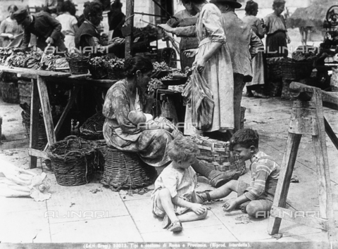 BGA-F-023073-0000 - Two children playing, a mother holding his child and some female sellers serving their clients at a market in Rome.