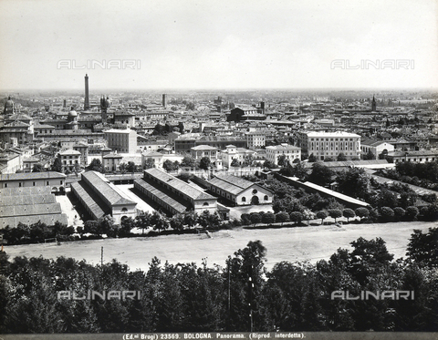BGA-F-023569-0000 - Panoramic view of Bologna with some factories.
