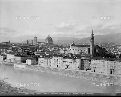 BGA-F-023659-0000 - Panorama of Florence with the Arno and the church of santa Croce from the tower of St. Nicholas - Date of photography: 1920-1930 ca. - Alinari Archives-Brogi Archive, Florence