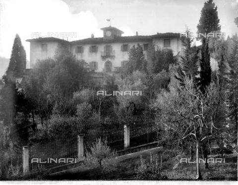 BGA-F-023692-0000 - Veduta della Villa dell'Oriolino, nel quartiere del Viale dei Colli, Firenze - Data dello scatto: 1915-1920 ca. - Archivi Alinari-archivio Brogi, Firenze