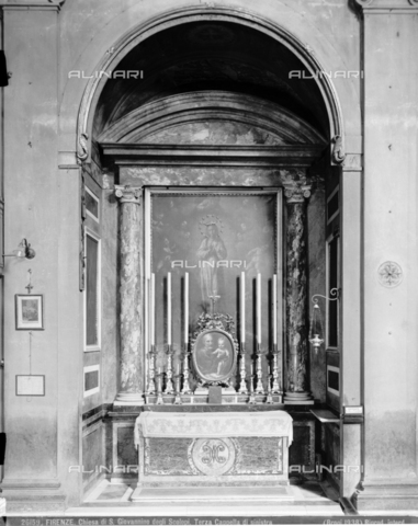 BGA-F-026159-0000 - Third chapel on the left side inside the church of San Giovannino degli Scolopi in via Martelli at the corner with via Gori in Florence - Date of photography: 1938 - Alinari Archives-Brogi Archive, Florence