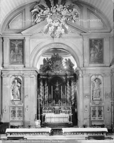 BGA-F-026166-0000 - The high altar of the church of San Giovannino degli Scolopi in via Martelli at the corner with via Gori in Florence - Date of photography: 1938 - Alinari Archives-Brogi Archive, Florence
