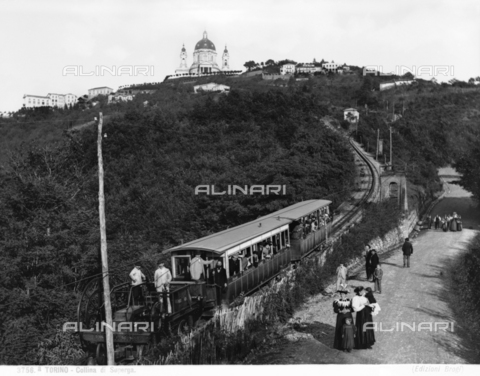 BGA-F-03756A-0000 - The Superga Hill funicular, with the Royal Church in the background