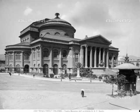BGA-F-10855A-0000 - The Massimo Theater in Palermo - Date of photography: 1900 ca. - Alinari Archives-Brogi Archive, Florence