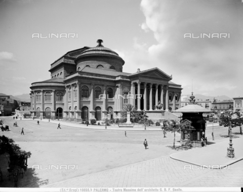 BGA-F-10855B-0000 - The Massimo Theater in Palermo - Date of photography: 1900 ca. - Alinari Archives-Brogi Archive, Florence