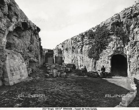 BGA-F-12013A-0000 - Moat, Euryalus Castle, Syracuse