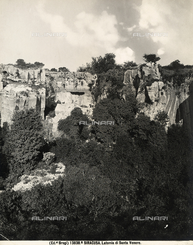 BGA-F-13838A-0000 - View of Latomia di S.Venera in Syracuse.