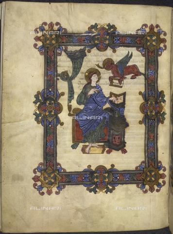 """BLB-F-019975-0000 - San Luca, miniatura del secondo decennio del XI secolo tratta dai """"Vangeli di Grimbald"""", British Library, Londra - The British Library Board/Archivi Alinari, Firenze"""