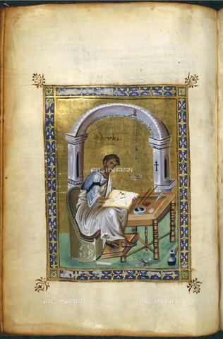 BLB-F-020571-0000 - San Luca, miniatura della metà del X secolo di un manoscritto proveniente da Costantinopoli, British Library, Londra - The British Library Board/Archivi Alinari, Firenze