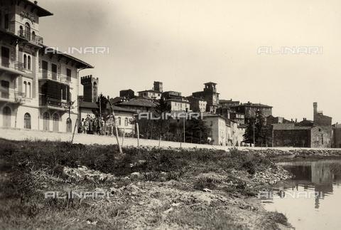 BMD-F-000217-0000 - Veduta di Passignano sul Trasimeno - Data dello scatto: 1910 ca. - Raccolte Museali Fratelli Alinari (RMFA)-donazione Miniati, Firenze