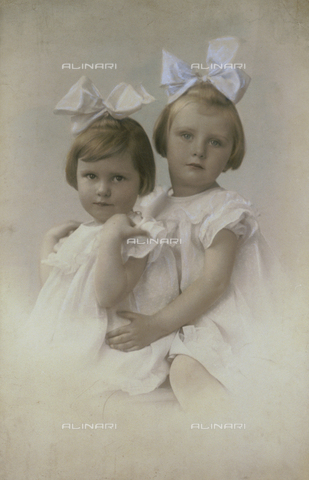 BMD-F-001515-0000 - Torelli children