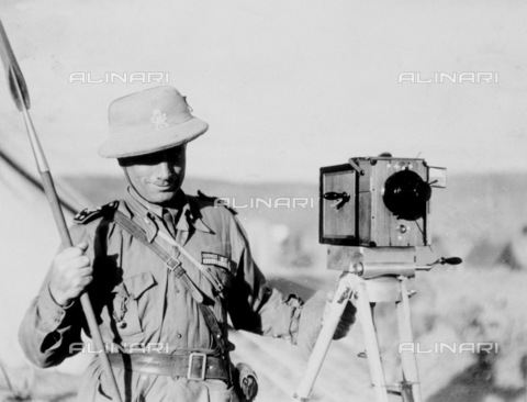 BMD-F-001675-0000 - Bruno Miniati in Africa orientale - Data dello scatto: 1936 - Archivi Alinari, Firenze