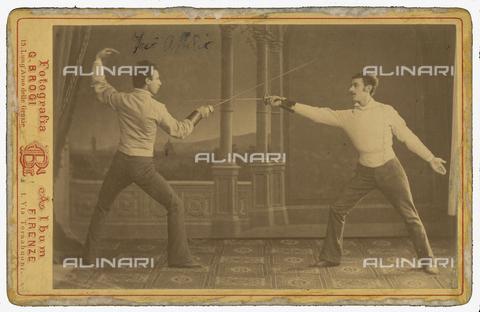 BPD-F-000562-0000 - Attilio Giorgi durante un incontro di scherma - Data dello scatto: 1895 - Archivi Alinari, Firenze