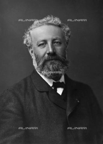 BPK-S-AA1000-6586 - Jules Verne - Data dello scatto: 1890 ca. - Félix Nadar / BPK/Alinari Archives