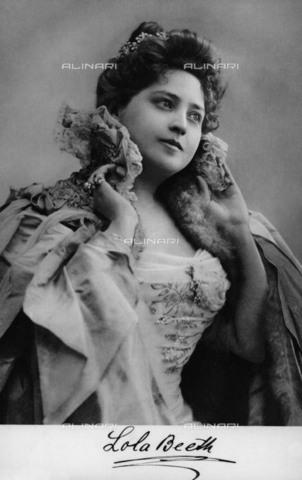 BPK-S-AA7000-1605 - La soprano Lola Beeth (1860-1940) - Data dello scatto: 1900 ca. - BPK/Archivi Alinari