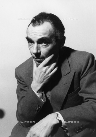 BPK-S-AA7000-3711 - The German writer Erich Kästner (1899-1974) - Data dello scatto: 1951 - Felicitas Timpe / BPK/Alinari Archives