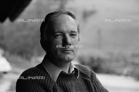 BPK-S-AA7013-6534 - The Austrian author Thomas Bernhard (1931-1989) portrayed in Ohlsdorf in Austria - Data dello scatto: 1974 - Digne Meller Marcovicz / BPK/Alinari Archives