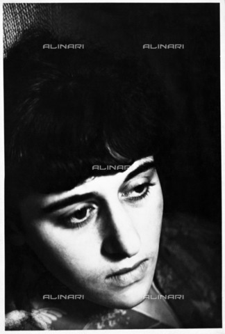 BPK-S-AA7014-8371 - Portrait of the photographer Grete Stern (1904-1999). The image is preserved at the Akademie der Künste in Berlin - Data dello scatto: 1929 - Akademie der Künste, Berlin, Kunstsammlung / Ellen Auerbach / BPK/Alinari Archives