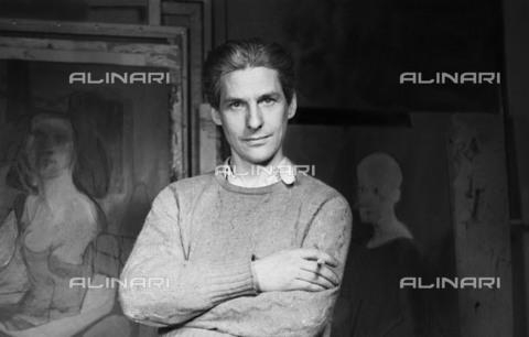 BPK-S-AA7014-8428 - Il pittore e scultore statunitense Willem de Kooning (1904-1997) ritratto nel suo studio di New York. L'immagine è conservata all'Akademie der Künste di Berlino - Data dello scatto: 1944 - Akademie der Künste, Berlin, Kunstsammlung / Ellen Auerbach / BPK/Archivi Alinari