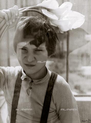 BVA-F-000118-0000 - Infantile portrait