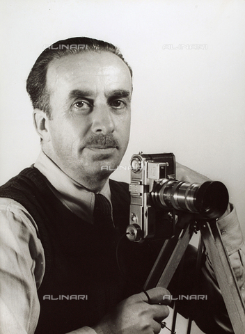 BVA-F-000163-0000 - Vincenzo Balocchi fotografato da Alex Franchini Stappo - Data dello scatto: 1943 - Archivi Alinari, Firenze