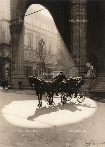 BVA-F-000315-0000 - Carriage in the Piazza della Signoria in Florence