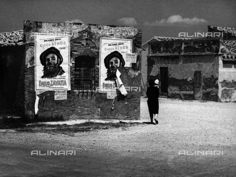 BVA-F-000694-0000 - Manifesti del Circo Athos a Cecina - Data dello scatto: 1965 - Archivi Alinari, Firenze