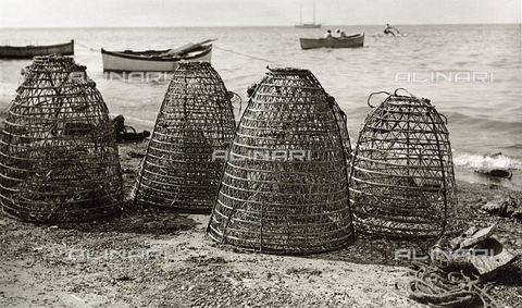 BVA-F-001059-0000 - Fishing nets
