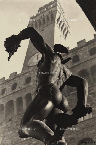 BVA-F-001280-0000 - Perseus, Loggia dei Lanzi, Florence