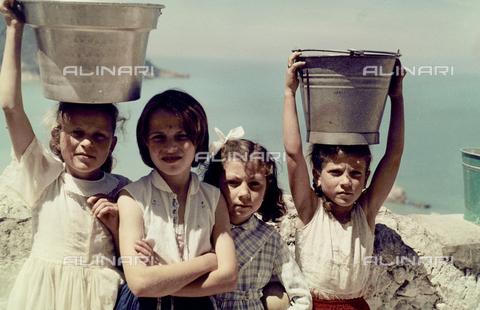 BVA-F-003345-0000 - Portrait of little girls a Peschici, Foggia