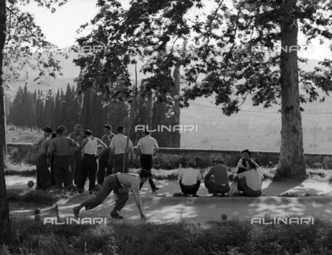 BVA-S-010010-4001 - A group of men during a game of bowls