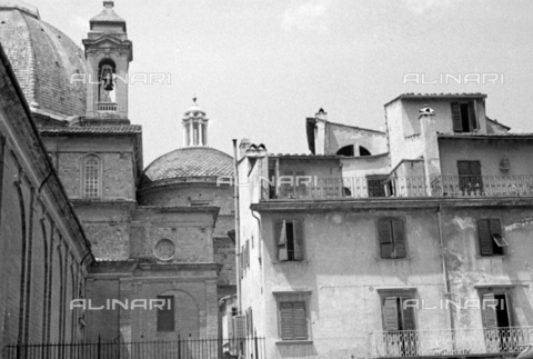 BVA-S-050014-0302 - Buildings near the Basilica of San Lorenzo in Florence before their demolition - Date of photography: 1938 - Fratelli Alinari Museum Collections-Balocchi Archive, Florence