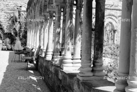 BVA-S-S10009-0012 - Cloister of the Church of San Giovanni degli Eremiti in Palermo - Date of photography: 1960-1961 - Fratelli Alinari Museum Collections-Balocchi Archive, Florence