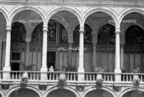 BVA-S-S10010-0015 - Courtyard Maqueda inside the Palazzo dei Normanni (Palazzo Reale) in Palermo - Date of photography: 1960-1961 - Fratelli Alinari Museum Collections-Balocchi Archive, Florence