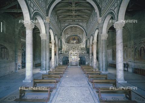 CAL-F-003054-0000 - Interno della chiesa romanica di San Miniato al Monte a Firenze - Data dello scatto: 1997 - Archivi Alinari, Firenze