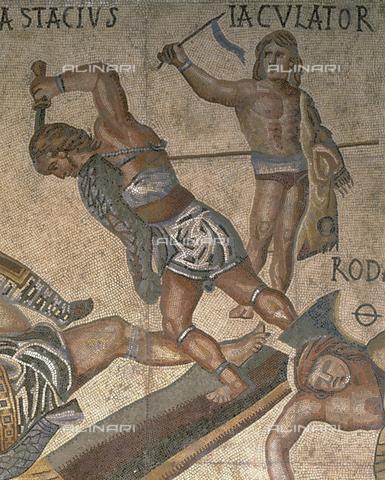 CAL-F-004239-0000 - Mosaico con scene di combattimenti di gladiatori, particolare di un gladitore con l'armatura, opera conservata nella Galleria Borghese a Roma - Data dello scatto: 1998 - Per concessione del Ministero per i Beni e le Attività Culturali / Archivi Alinari, Firenze