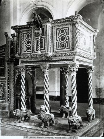 CGA-F-005106-0000 - Pulpit of Niccolò di Bartolomeo da Foggia. Work of sculpture situated in the Cathedral of San Pantaleone, Ravello (province of Salerno) - Data dello scatto: 1890-1900 ca. - Archivi Alinari, Firenze
