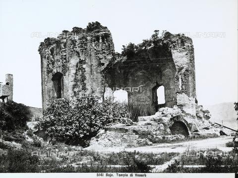 CGA-F-005141-0000 - Le rovine del Tempio di Venere a Baia, in provincia di Napoli - Data dello scatto: 1890-1900 ca. - Archivi Alinari, Firenze