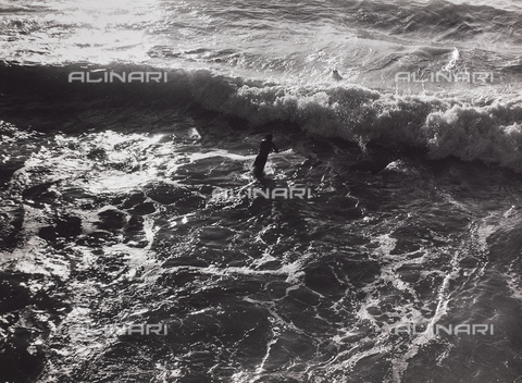 """CGD-F-000436-0000 - """"The sea"""" - Date of photography: 1955-1965 - Fratelli Alinari Museum Collections-Corinaldi Donation, Florence"""