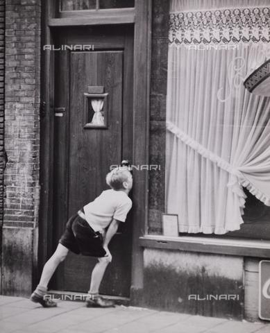 """CGD-F-000752-0000 - """"Curiosità"""" - Data dello scatto: 1955-1965 - Raccolte Museali Fratelli Alinari (RMFA)-donazione Corinaldi, Firenze"""