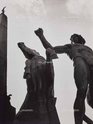 CGD-F-001129-0000 - Fountain of the Dioscuri, detail, piazza del Quirinale - Date of photography: 1955 ca. - Fratelli Alinari Museum Collections-Corinaldi Donation, Florence