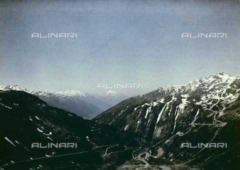 CHA-F-AU0725-0000 - The Rhone Glacier in Gletsch - Data dello scatto: 1910-1920 ca. - Archivi Alinari, Firenze