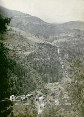 CHA-F-AU0727-0000 - Mountain landscape in Switzerland - Data dello scatto: 1910-1920 ca. - Archivi Alinari, Firenze