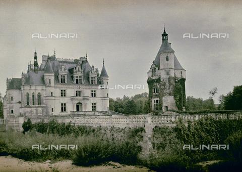 CHA-F-AU0816-0000 - The entrance of Chenonceau Castle - Data dello scatto: 1920-1925 ca. - Archivi Alinari, Firenze