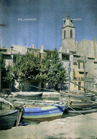 CHA-F-AU1094-0000 - View of Martigues - Data dello scatto: 1910-1920 ca. - Archivi Alinari, Firenze
