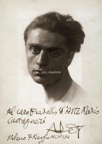 CMA-F-000994-0000 - Portrait of the painter Roberto Aloy - Data dello scatto: 07/06/1921 - Archivi Alinari, Firenze