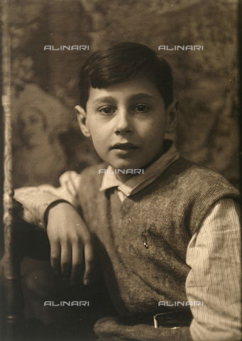 CMA-F-001537-0000 - Portrait of Luciano Castagneri, son of the photographer Mario Castagneri - Date of photography: 1933 ca. - Fratelli Alinari Museum Collections-Castagneri Archive, Florence