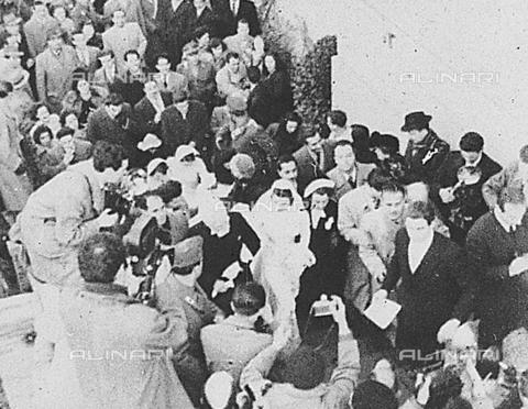 DIL-S-000104-0024 - Il matrimonio tra Tyron Power e Linda Christian - Data dello scatto: 27/01/1949 - Istituto Luce/Gestione Archivi Alinari, Firenze