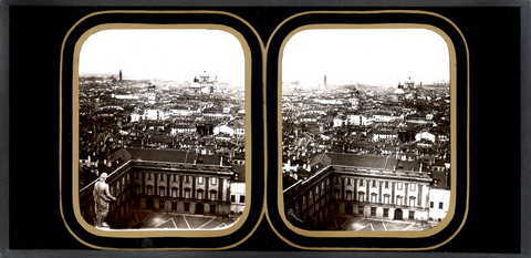 DVQ-F-000890-0000 - View of Milan: in the foreground the courtyard of the Royal Palace; Daguerreotype preserved at the Museum of Photography History of Fratelli Alinari in Florence - Data dello scatto: 1850-1855 ca. - Archivi Alinari, Firenze